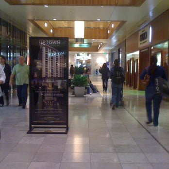 Oakley Store Houston
