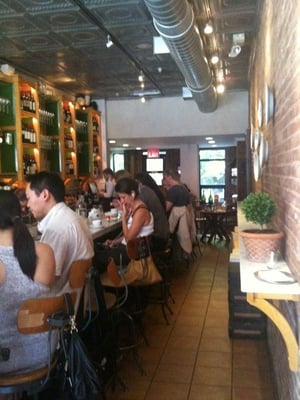 Gottino - Inside at the bar, small inside seating & garden in back - New York, NY, Vereinigte Staaten