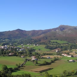 Office du tourisme travel agents 20 bd victor hugo - Office du tourisme pyrenees atlantiques ...