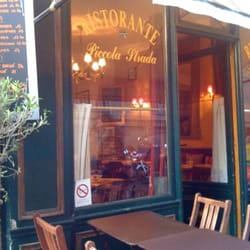 Piccola Strada - Paris, France