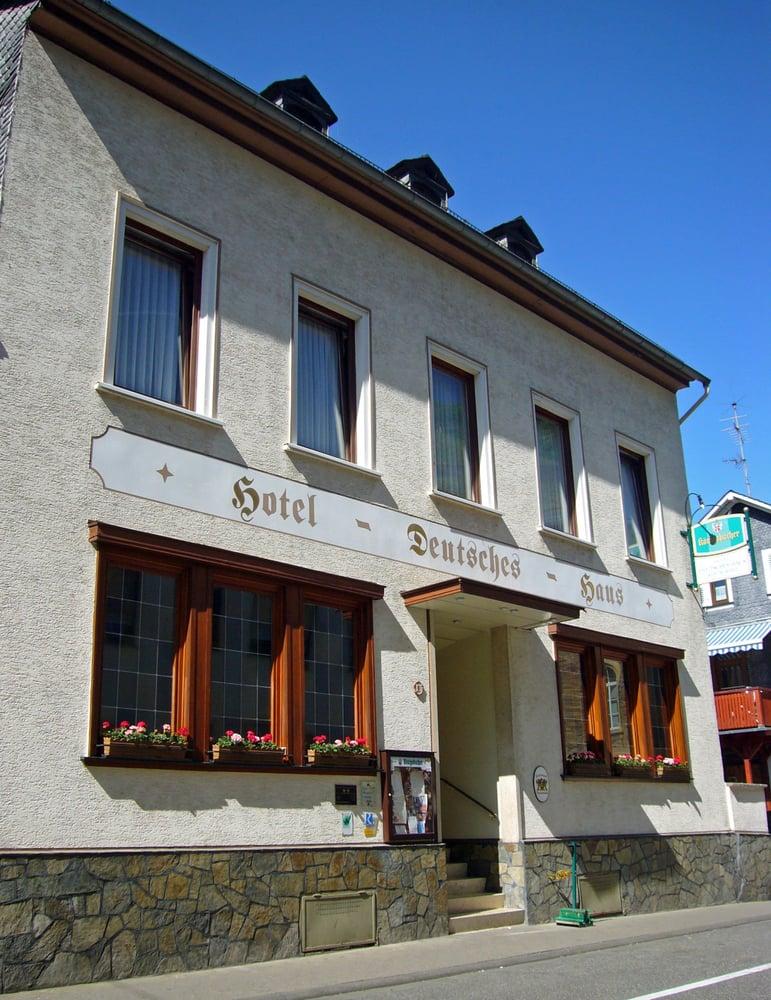Hotel deutsches haus gifhorn hotel deutsches haus hotell for Design hotel pfalz