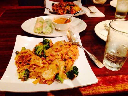 Tukwila (WA) United States  City new picture : Simply Thai Restaurant Thai Tukwila, WA, United States