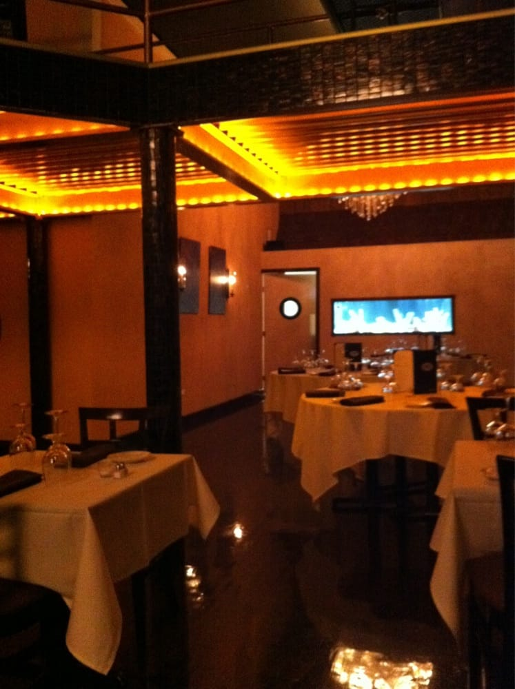 Eclipse restaurant lounge closed american for American cuisine chicago