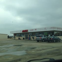 Simple Simon's Pizza - It is inside this gas station. - Whitney, TX, Vereinigte Staaten