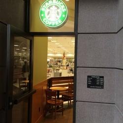 Starbucks - Entrance. - Brea, CA, Vereinigte Staaten
