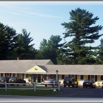 Lake winnipesaukee motel hotels 350 endicott st n for Lazy e motor inn laconia nh