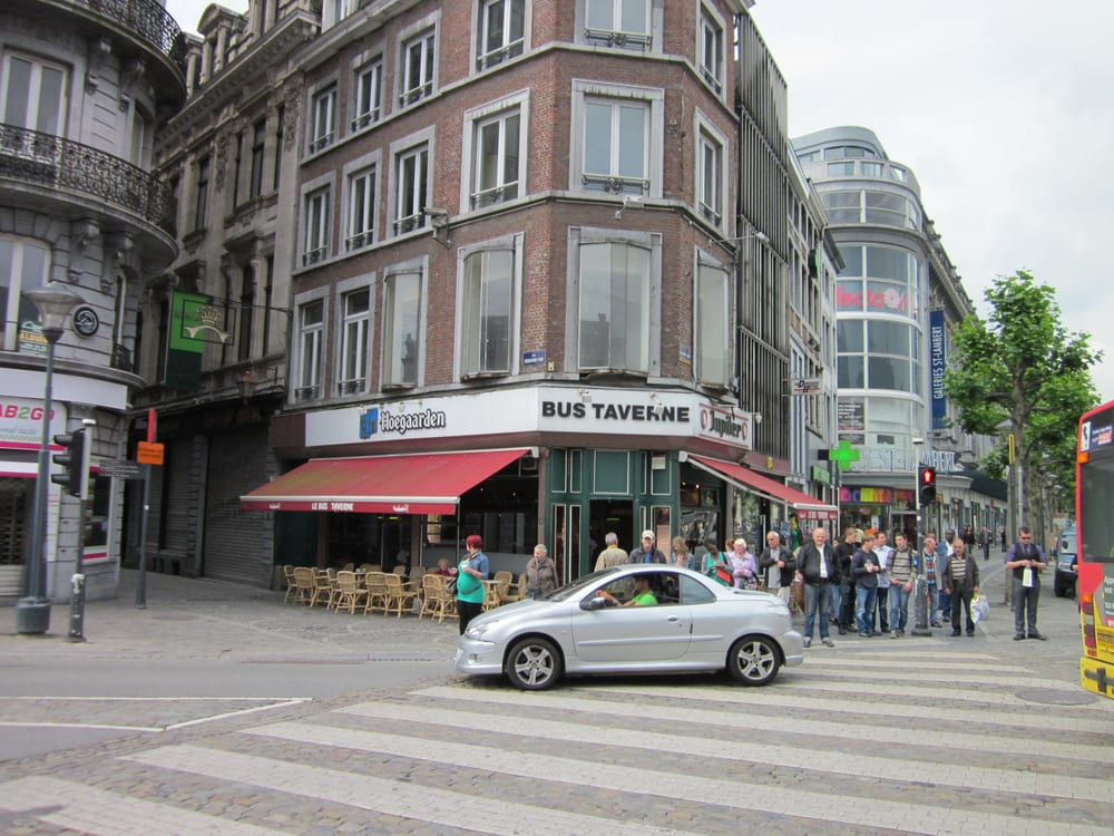 Le Bus Caf Ef Bf Bd Restaurant