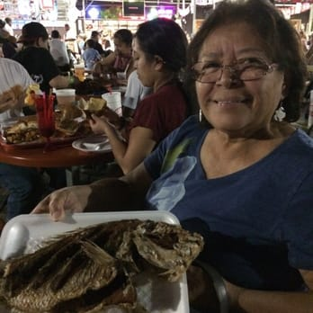 San pedro fish market and restaurant moms san pedro for San pedro fish market prices