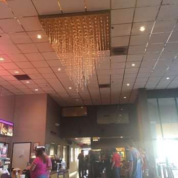 Starlight 4 Star Cinemas 94 Photos 211 Reviews Cinemas 12111 Valley View St Garden