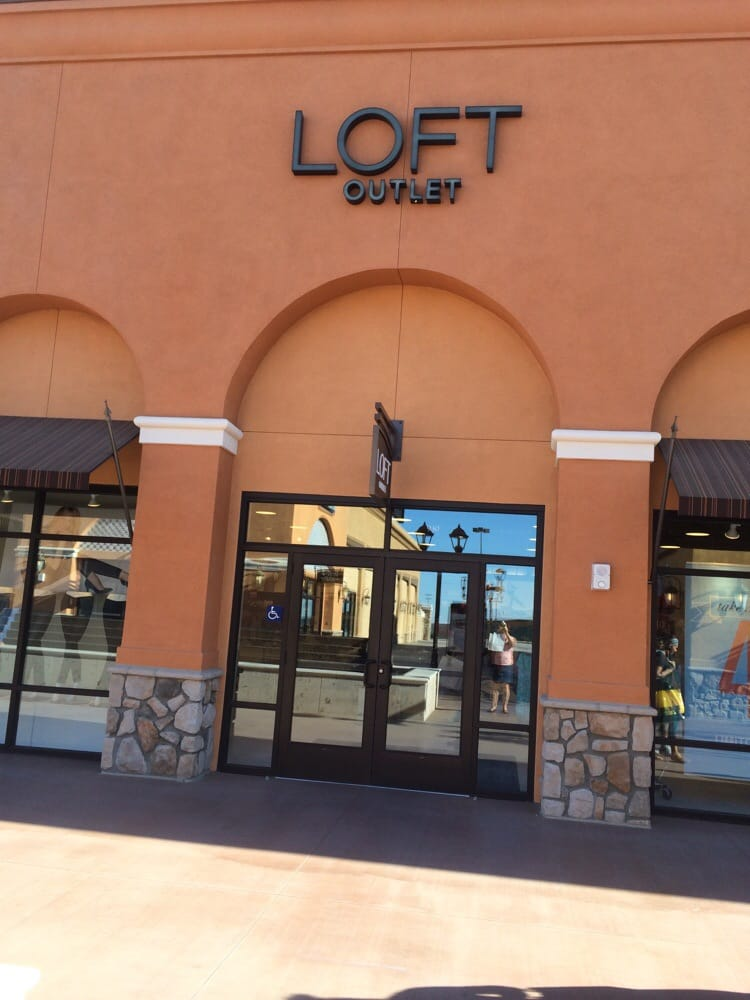 Loft Outlet Women S Clothing Arvin Ca Yelp