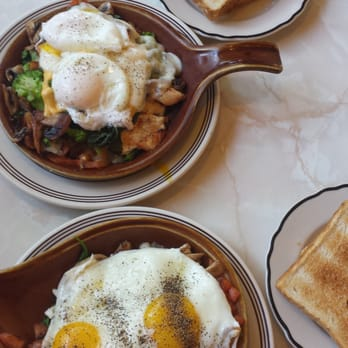 Alexander s restaurant 35 photos diners edgewater for Alexanders greek cuisine