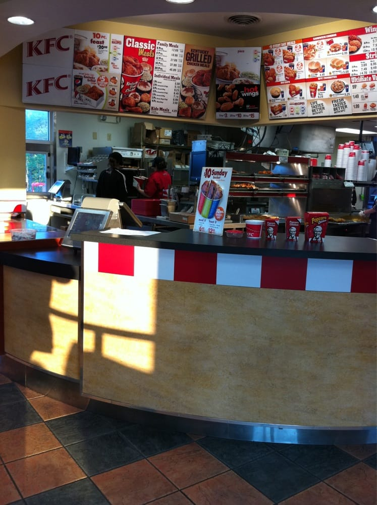 Kfc Closed Takeaway Fast Food 2020 N Atherton St State College Pa United States