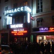 Le Palace - Paris, France. L'entrée du Palace à la première de Lermercier