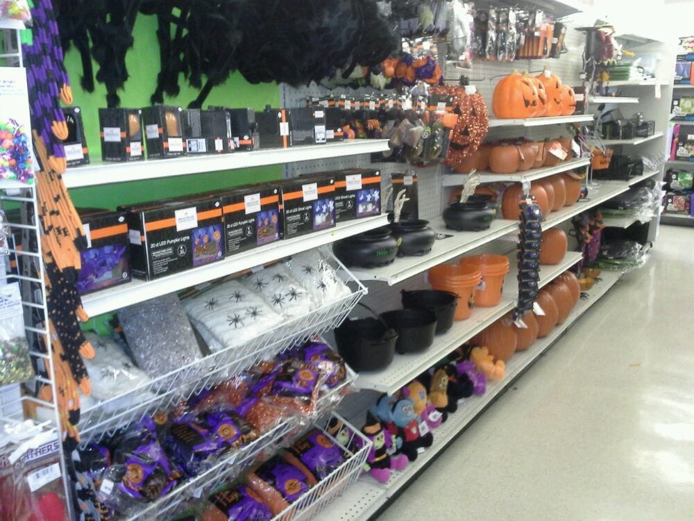 Jo ann fabrics and craft fabric stores 308 walnut st for Joann craft store near me