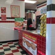 Jet's Pizza - Order counter - Johns Creek, GA, Vereinigte Staaten