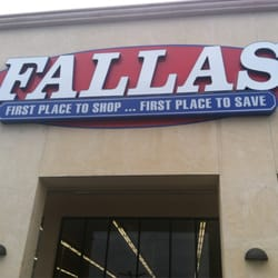 Fallas paredes clothing store. Women clothing stores