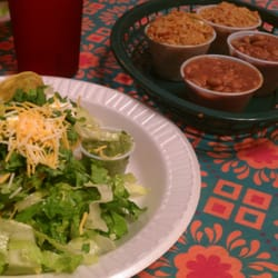 Toto's Tacoz - Totos Taco with rice and beans. - Wamego, KS, Vereinigte Staaten