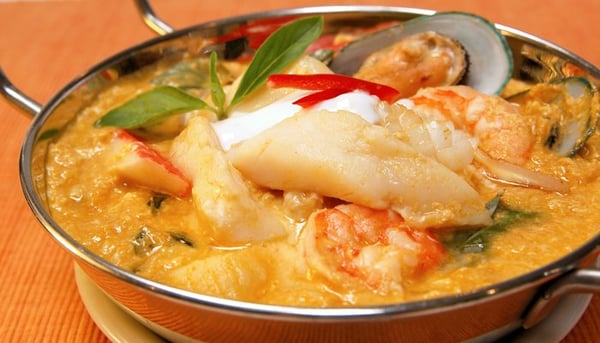 curry the seafood especially the thai shrimp halibut curry thai curry ...