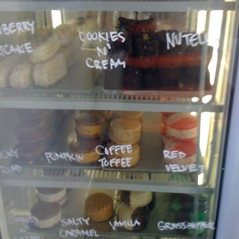 Milk - pic of all the different types of ice cream sandwiches they have - Los Angeles, CA, Vereinigte Staaten
