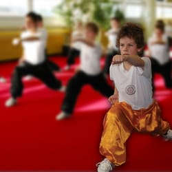 Kinder Wushu 4-6 Jahre, 7-10 Jahre