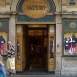 Vaturi abbigliamento maschile centro storico roma for Corso roma abbigliamento