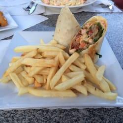 Cafe Opcao - Chipotle shrimp wrap - Newark, NJ, Vereinigte Staaten