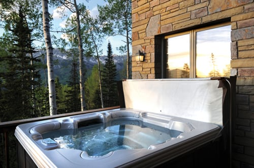 Latitude 38 Telluride Vacation Rentals - Hood Park Chalet - 4 Bedrooms - Sleeps 10 - http://www.latitude38­vacationrentals.com/vacation-­rental-home.asp?PageDataID=505­91 - Telluride, CO, Vereinigte Staaten