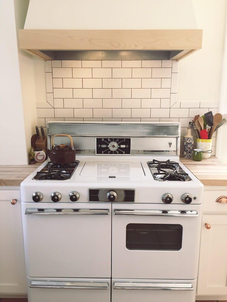 Lorain furniture and appliance antiquit ten detroit for Pop furniture bewertung