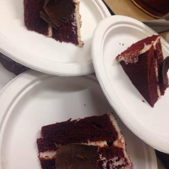 Eddie S Bakery Champagne Cake