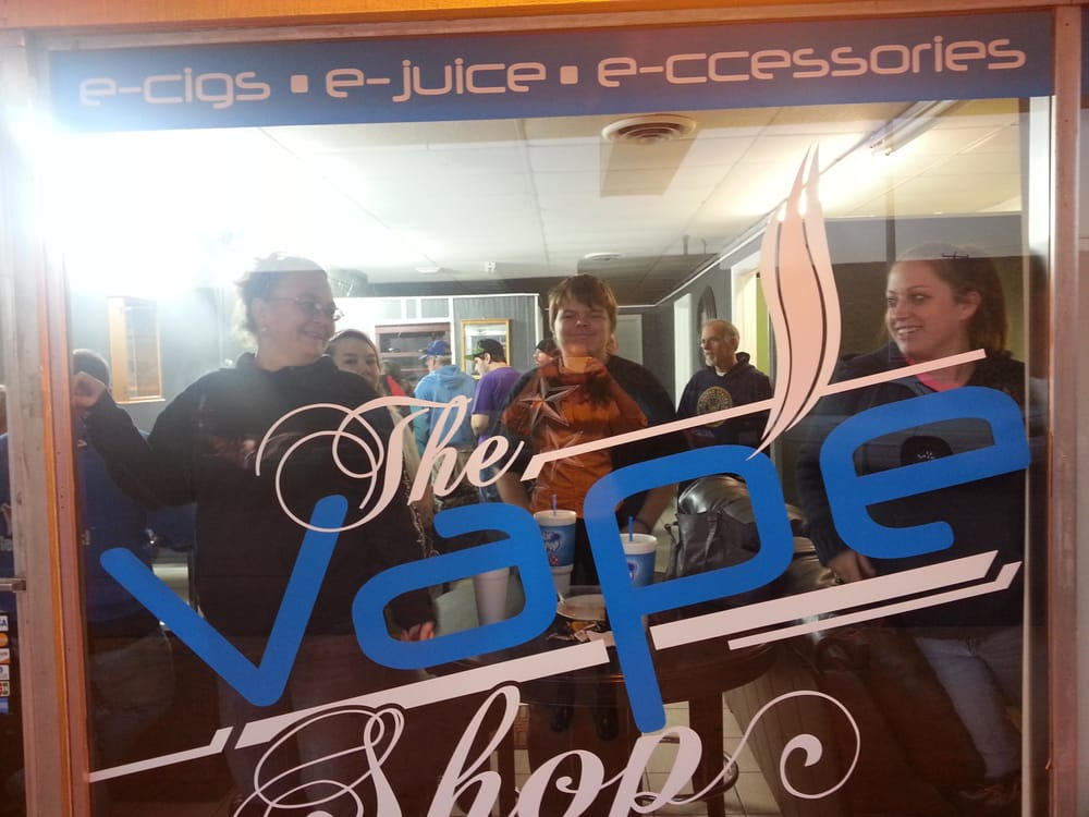 Carbondale (IL) United States  City new picture : The Vape Shop Carbondale, IL, United States. Grand opening day.