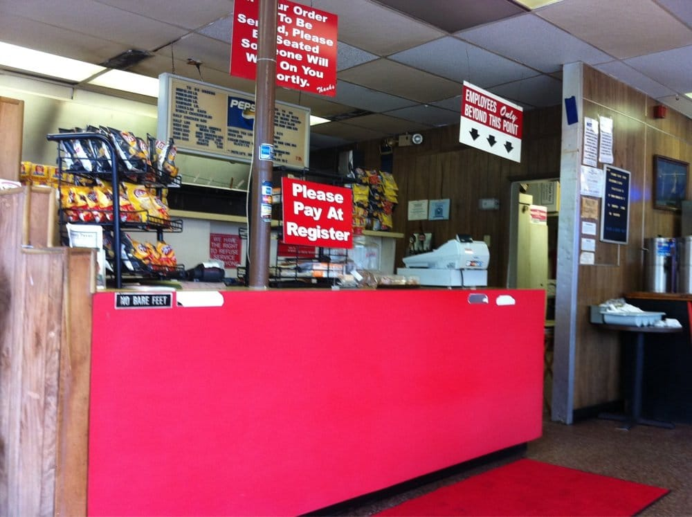 Patillo s bar b q lukket grill beaumont tx usa for Q furniture beaumont texas