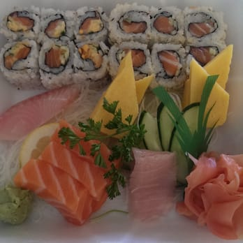 Lawrence fish market under 20 spicy salmon roll for Lawrence fish market menu