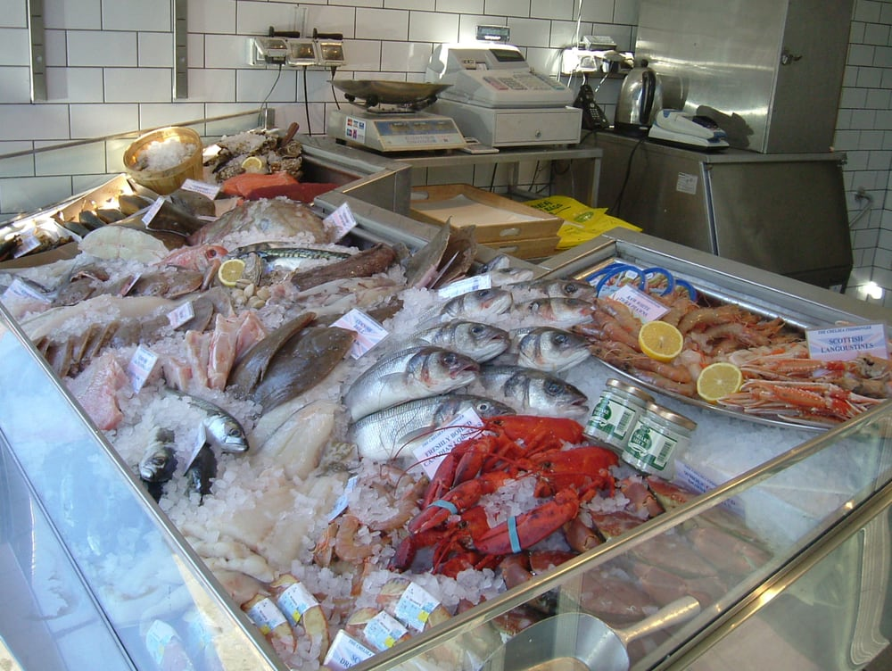 Chelsea fishmonger seafood markets london yelp for Fish delivery near me