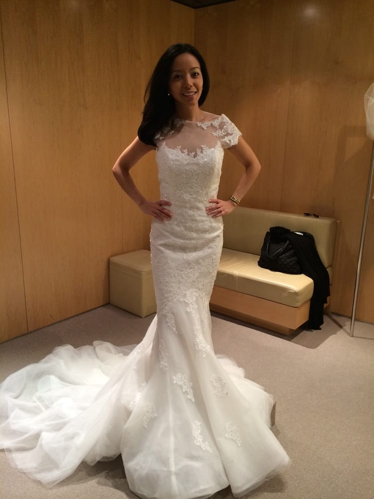Pronovias bridal midtown east new york ny reviews for Wedding dresses stores in ny