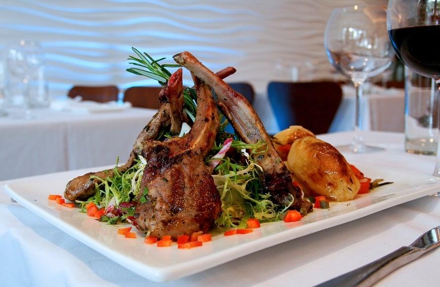 Eos greek cuisine 46 fotos griechisches restaurant for Elite motors stamford ct