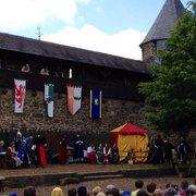 Ritterspiele auf Schloss Burg