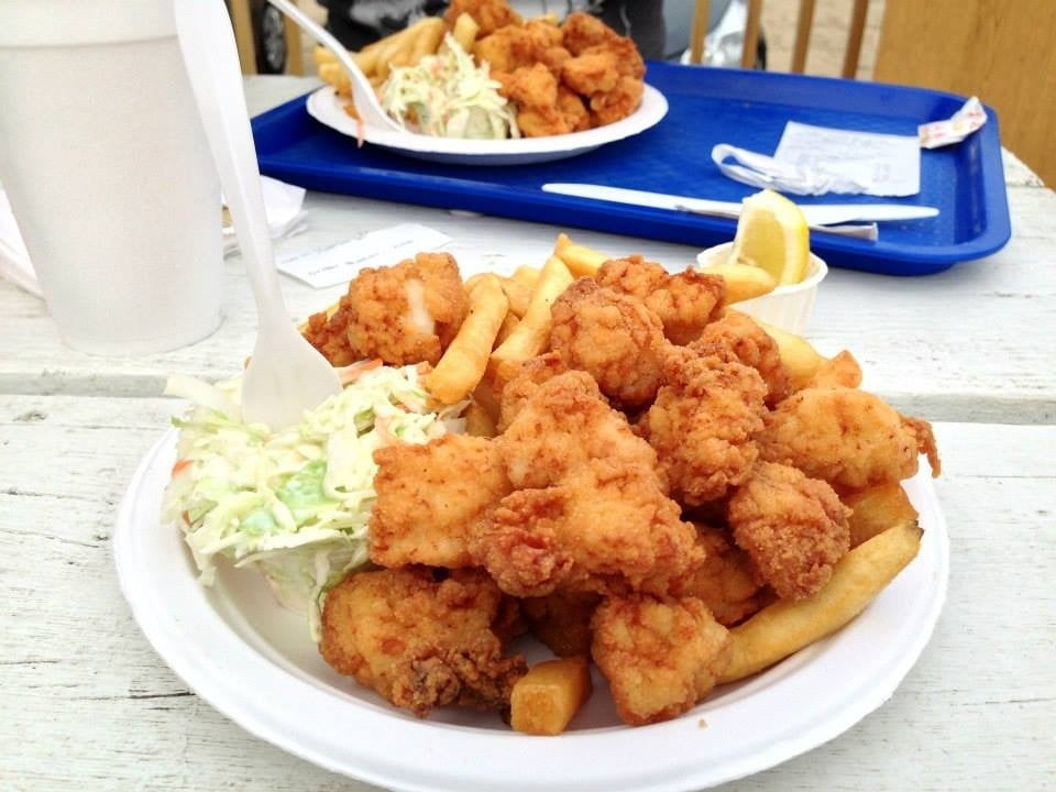 Fried scallops, fries,...