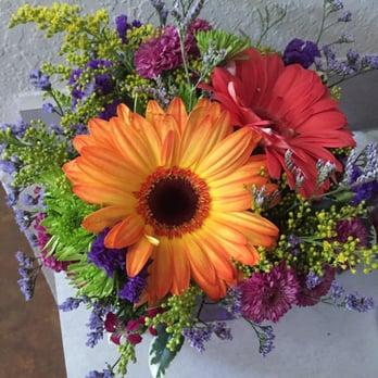 Flower Garden 26 Photos 16 Reviews Florists 301 S