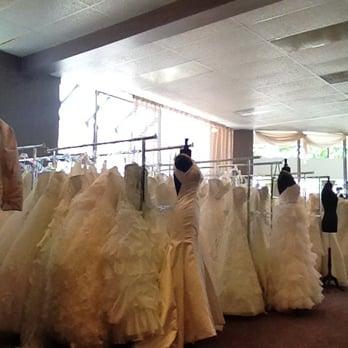 Wendy s bridal columbus bridal northwest dublin oh for Wedding dress alterations columbus ohio