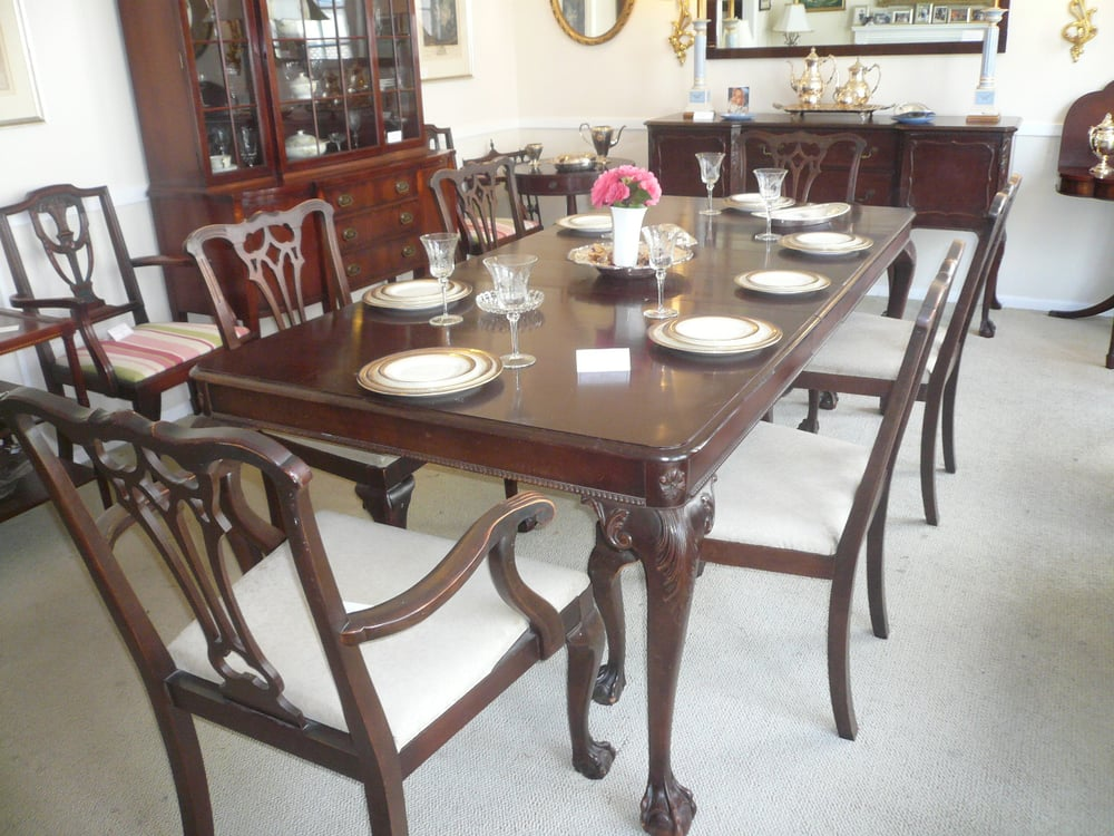 chippendale dining room table 3