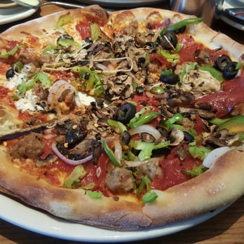 California Pizza Kitchen Order Food Online 362 Photos 268 Reviews Pizza 1735 Arden Way