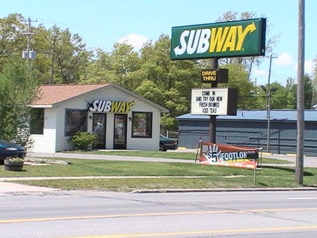 Subway: 5121 N US 23, Oscoda, MI