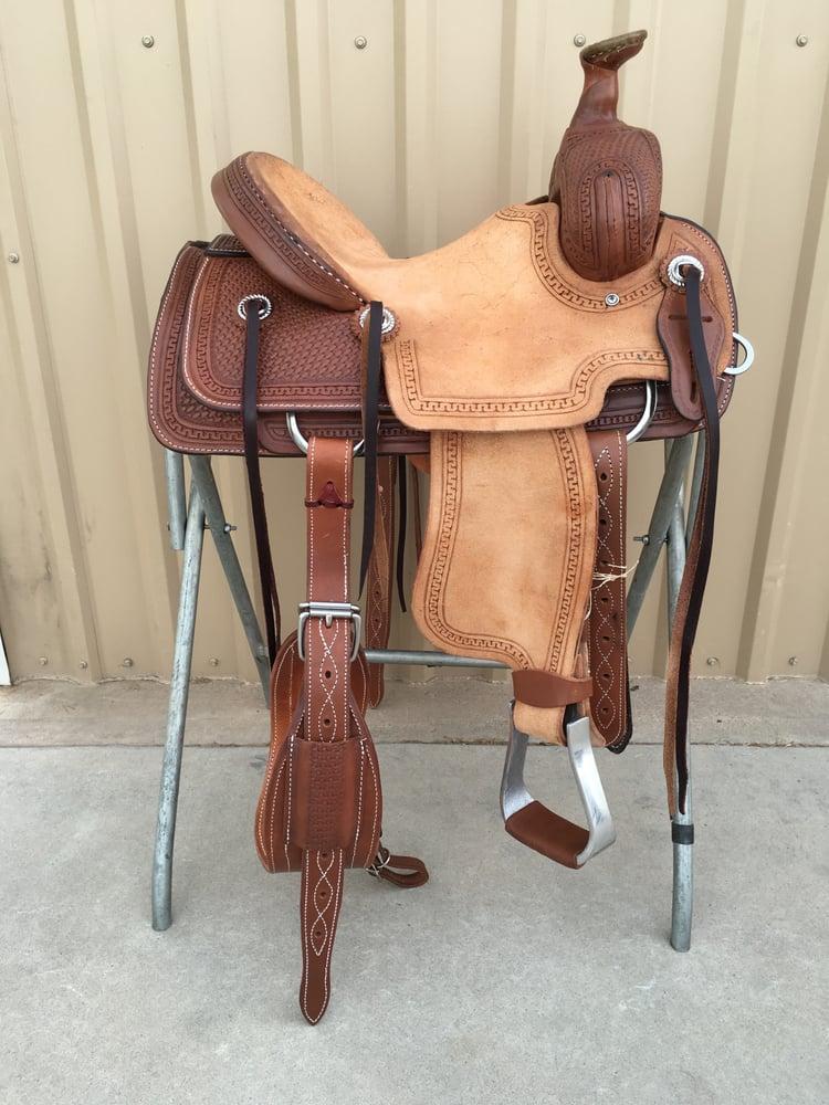 Corriente Saddle: 165 Hallas Rd, Anthony, NM