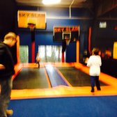 Get deal alerts for Sky Zone Charleston