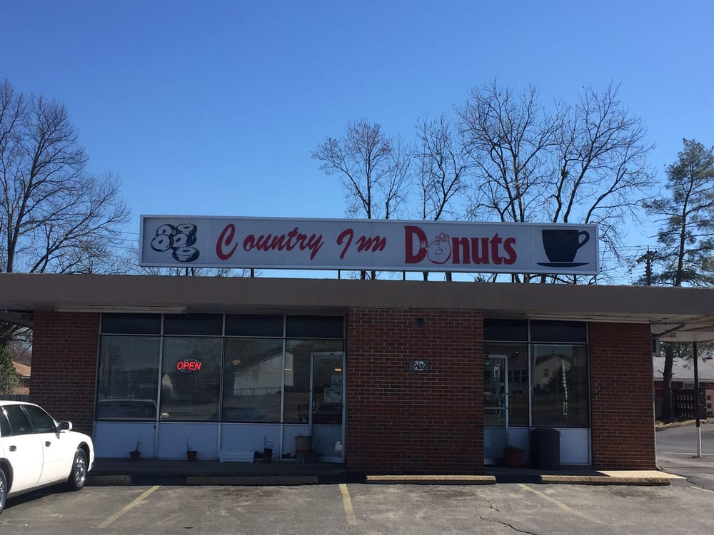 Country Inn Donut Drive In: 9426 Lewis And Clark Blvd, Saint Louis, MO