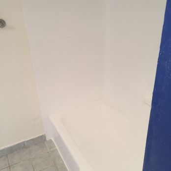 Photo Of Florida Bathtub Refinishing   Miami, FL, United States. Looks  Better Than