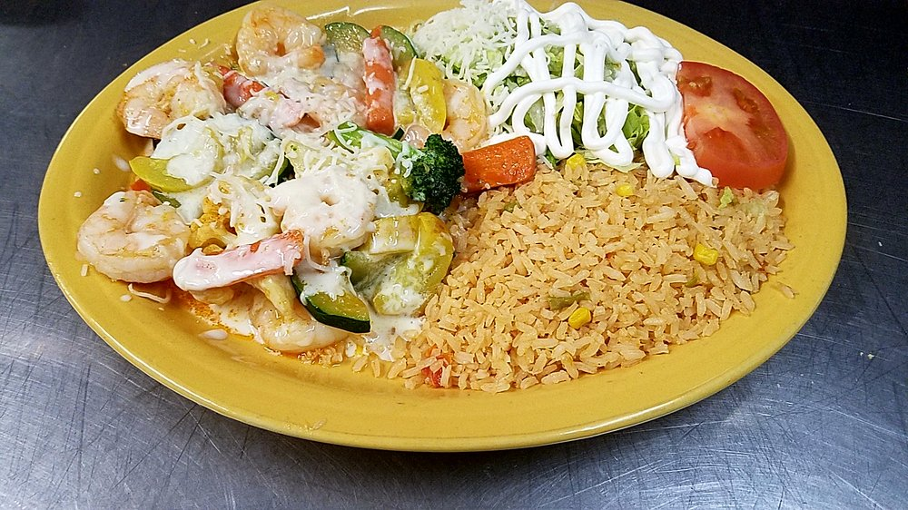 La Chatina Mexican Restaurant: 1228 Hwy 72, Fredericktown, MO