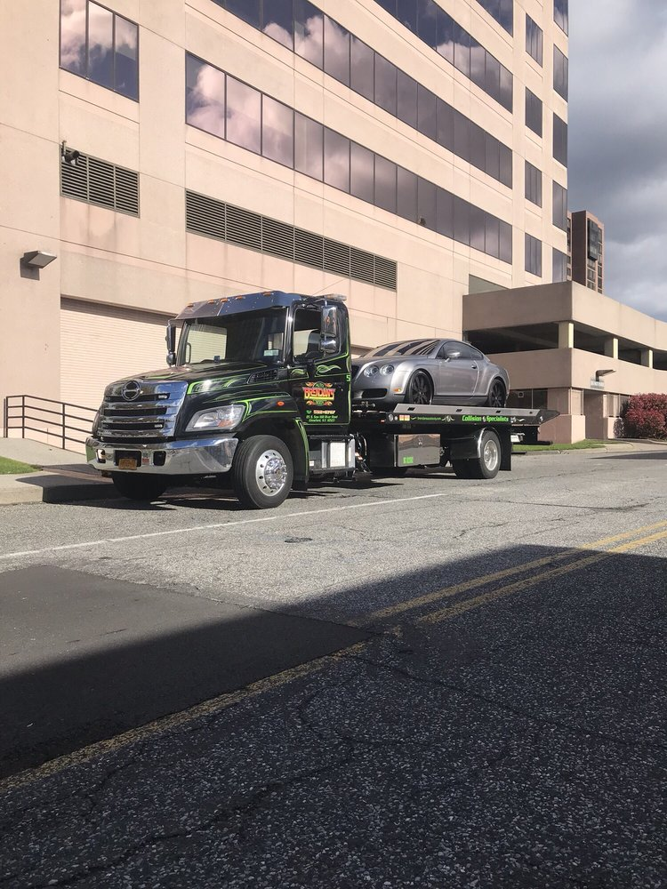Towing business in Mount Pleasant, NY