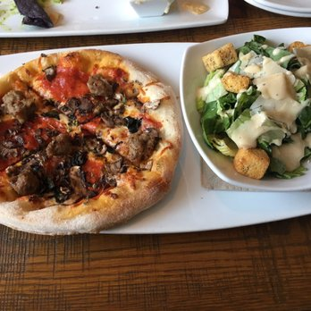 Fabulous California Pizza Kitchen At Memorial City Order Food Home Interior And Landscaping Eliaenasavecom