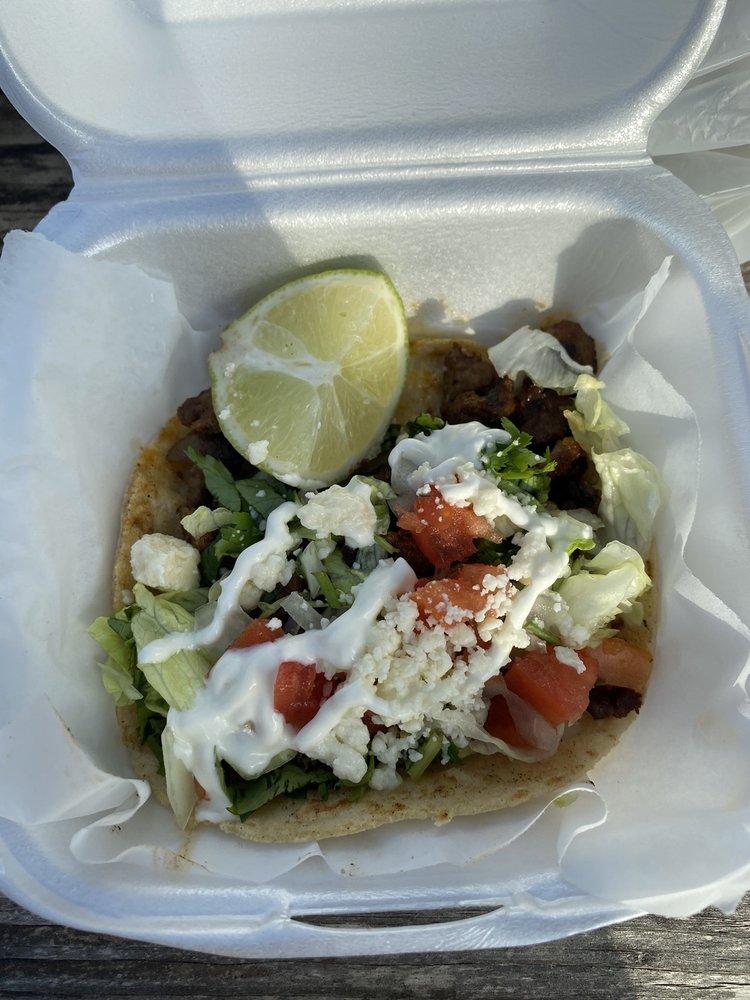 La Traditional Grill Taco Truck: 11790 US 1, Hobe Sound, FL